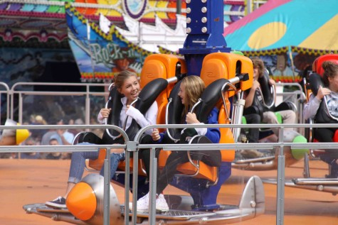 St. John's Applefest introduces new carnival rides to community