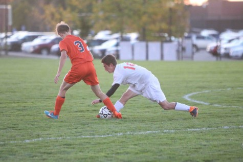 Varsity boys soccer team wins against Clio for homecoming week