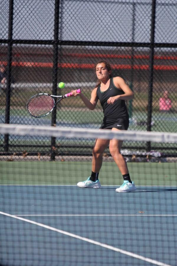 Varsity Girls Tennis takes on the Holly Bronchos