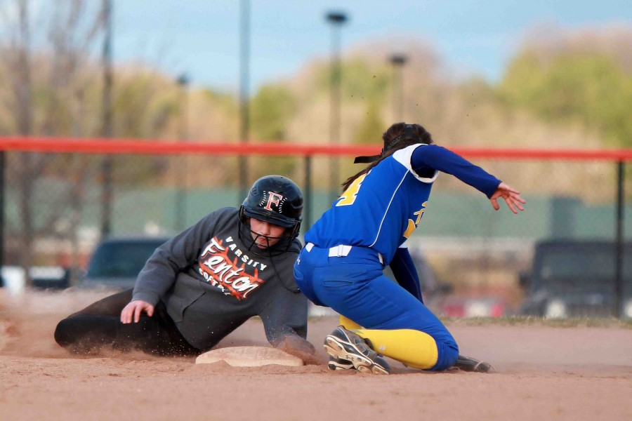 Fenton softball takes Kearsley in two games