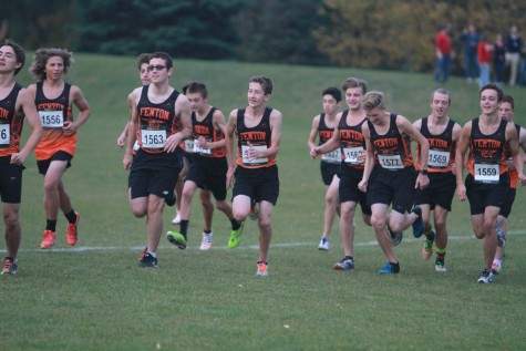 Boys cross country team places first in regionals, qualifies for states
