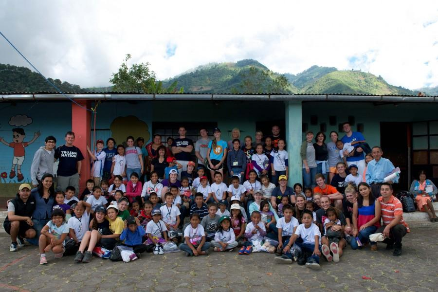 Group of students head to Guatemala to continue volunteer work