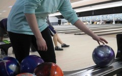 Fenton's bowling team falls to Holly in tournament