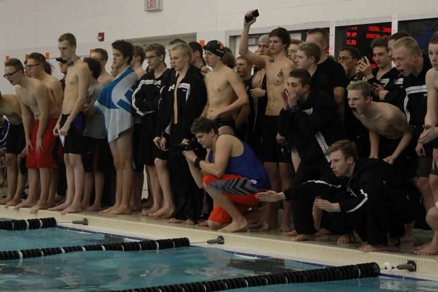 Boys swim team places 2nd at Genesee County Invitational meet