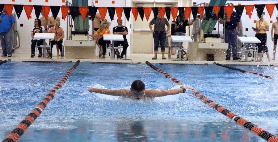 Boys swim faces Grand Blanc and Flint Powers for 1-1 record