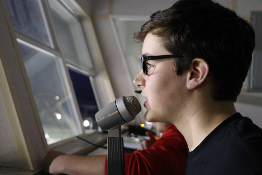 Senior Michael Pearce chosen for Michigan Scholastic Press Association Student Journalist Staff