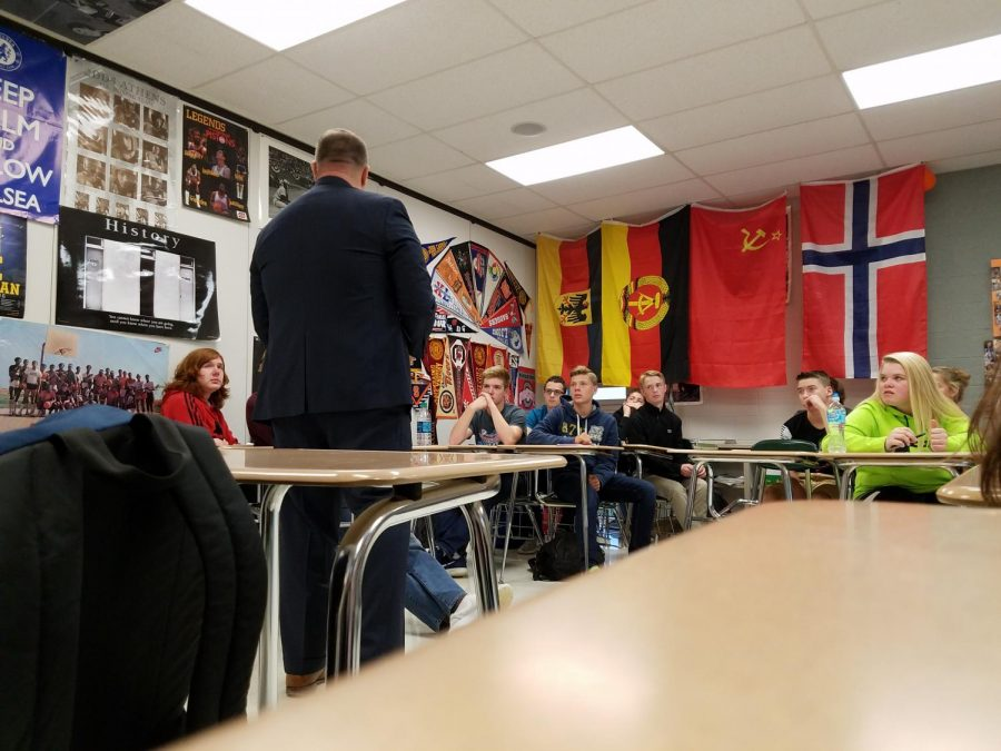 Students in Shawn Lawrence's SRT listen to their featured career speaker.