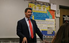 Criminal Defense Attorney Michael P. Manley visits Forensics class
