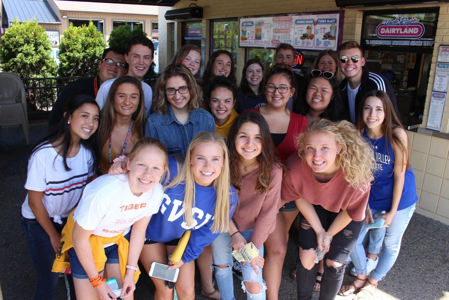 Happy last day of school! To celebrate the end of the year, the Fenton InPrint staff traveled to Uncle Rays for ice cream.