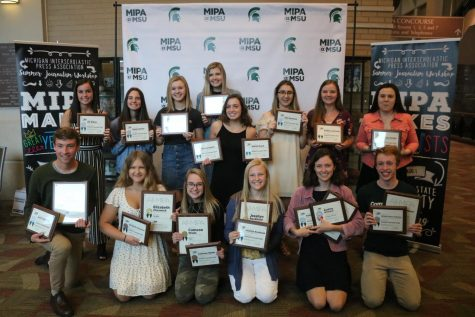 Michigan Interscholastic Press Association awards individuals on InPrint staff