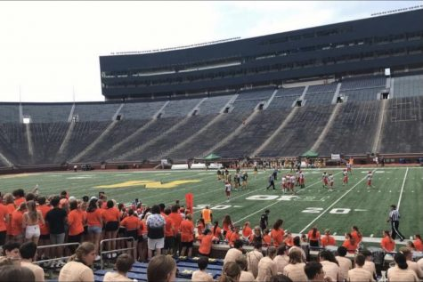 Fenton High varsity football team plays in Ann Arbor