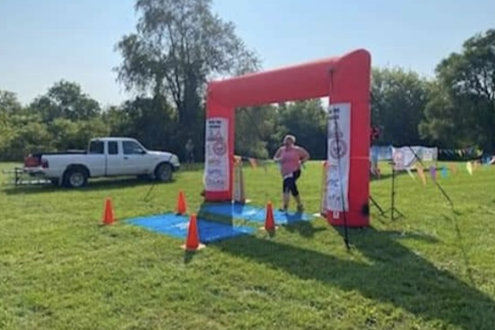 Spanish teacher Nicole Smelis runs triathlon